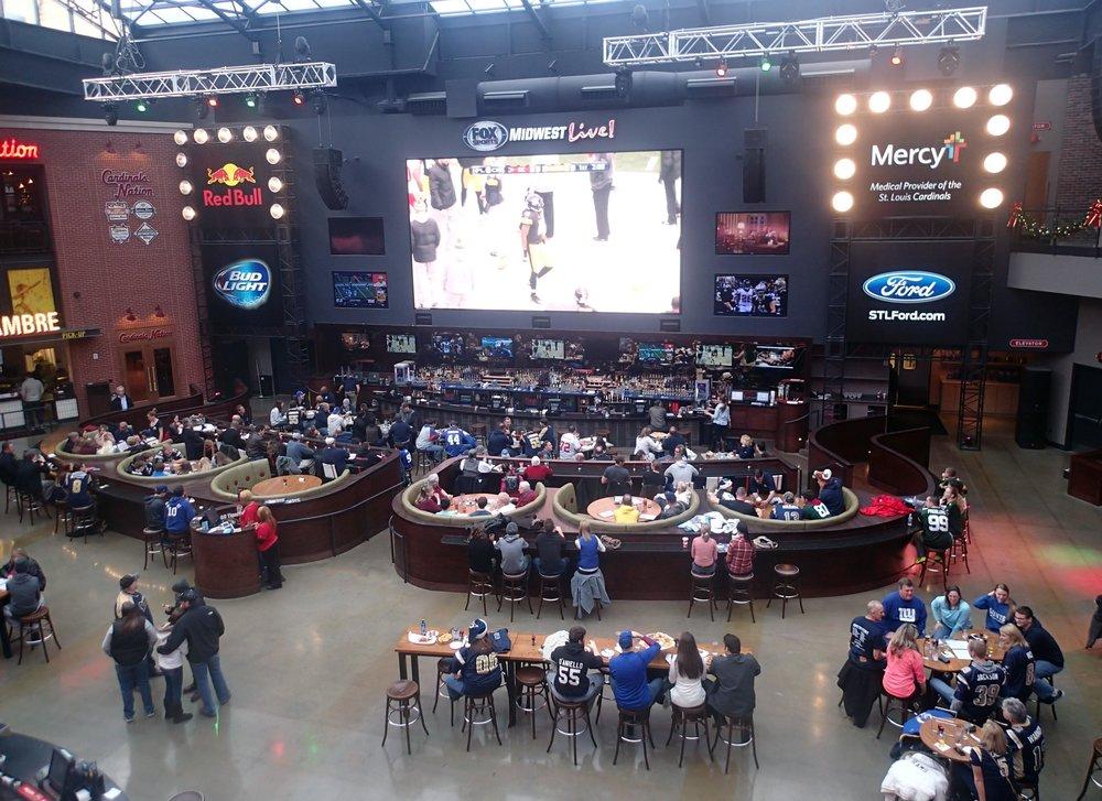 sports fan's paradise.jpg