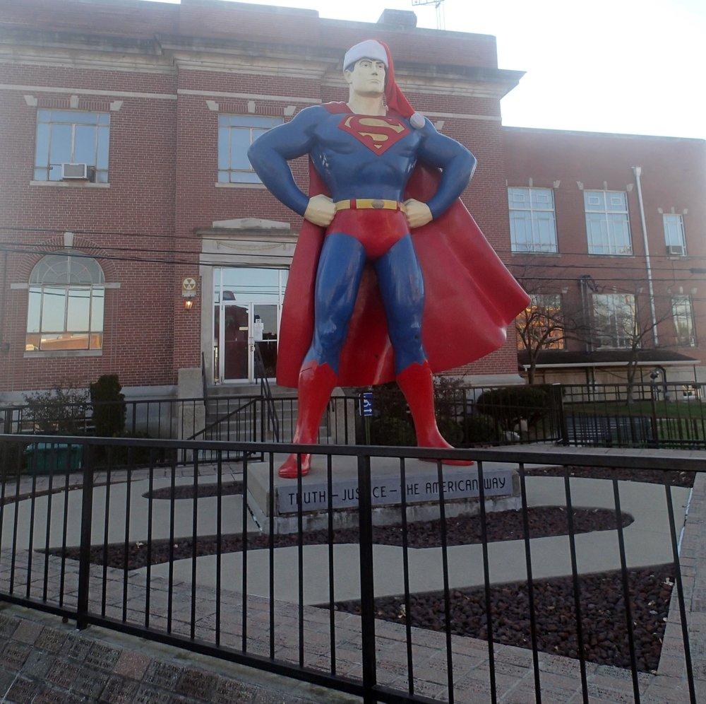 Superman in Metropolis.jpg