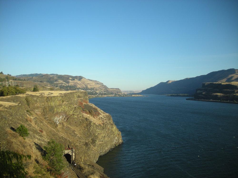 Columbia River 2.jpg