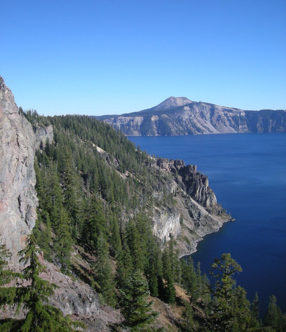 Crater Lake National Park.jpg