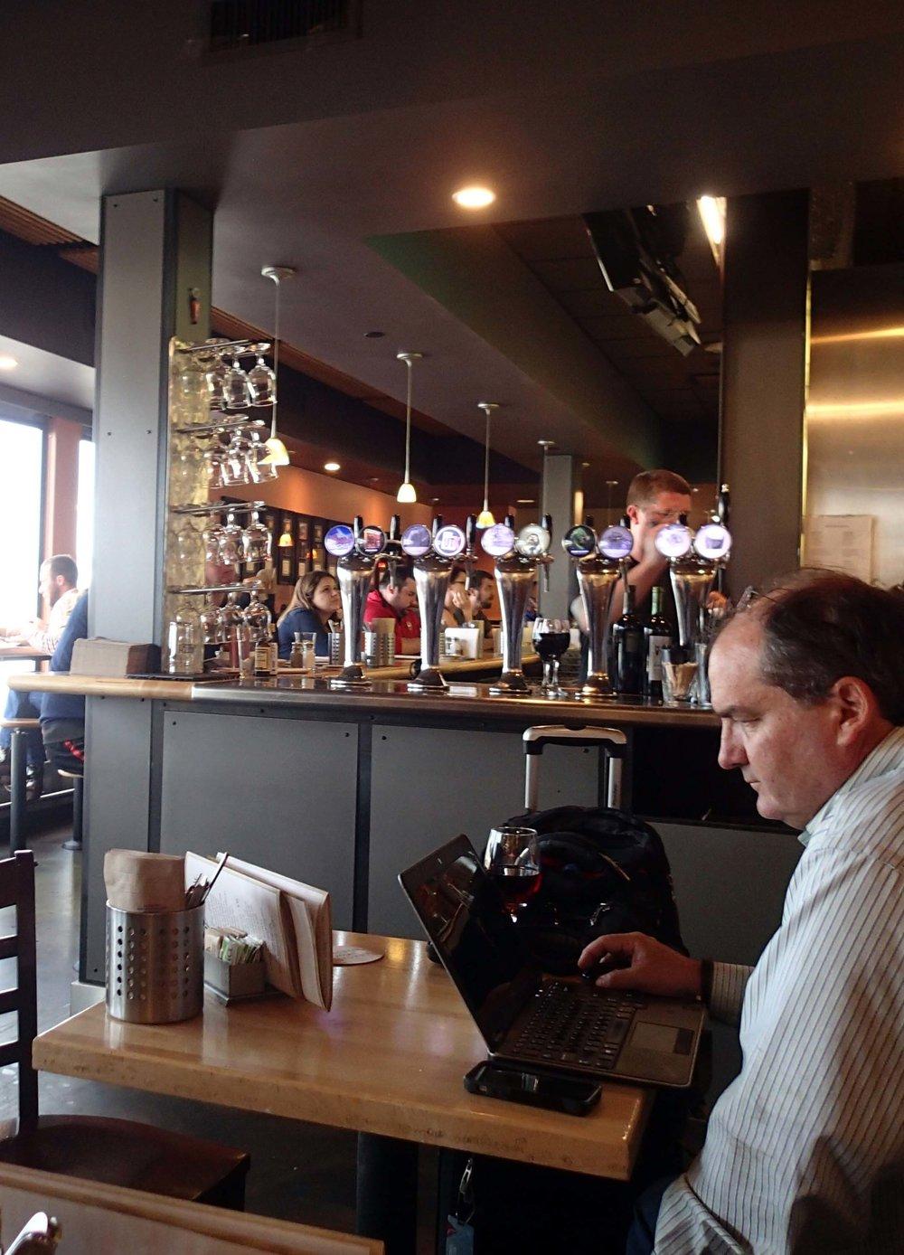Squatter's Pub in airport.jpg