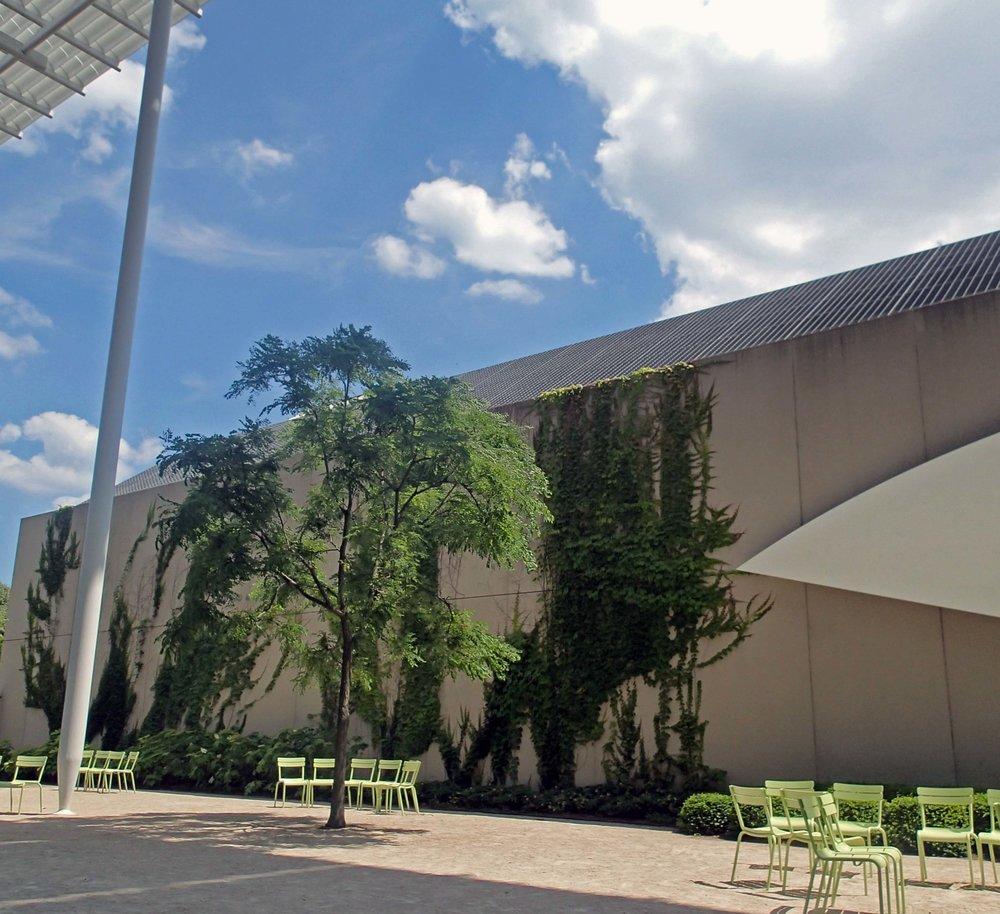 art museum courtyard.jpg