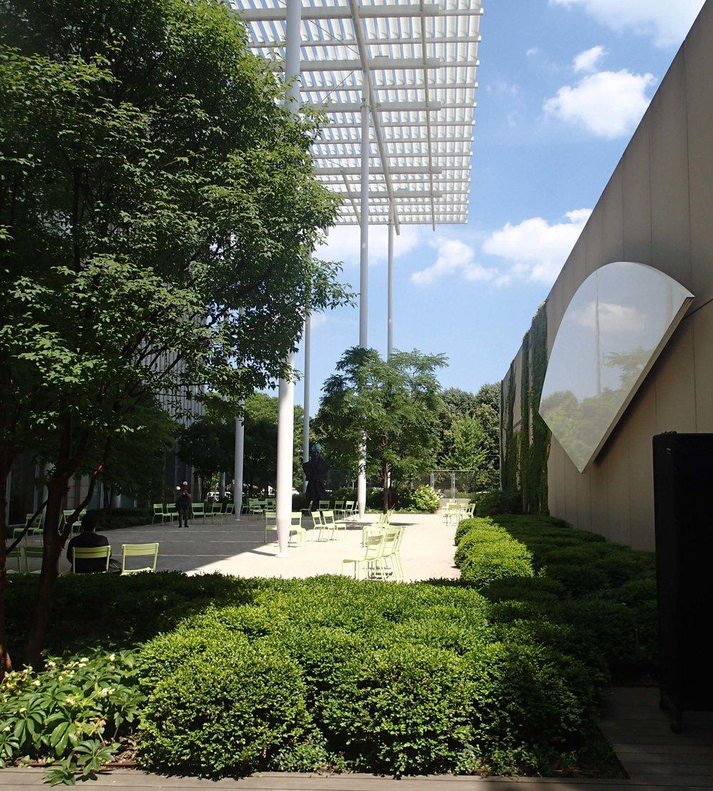 garden at art museum.jpg
