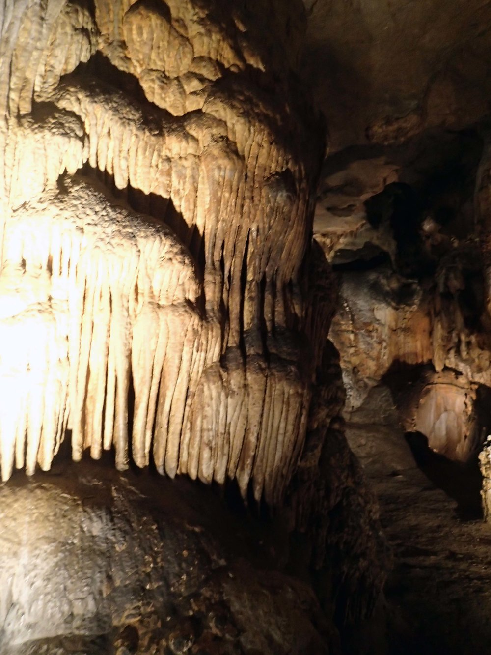 Luray Caverns, VA.jpg