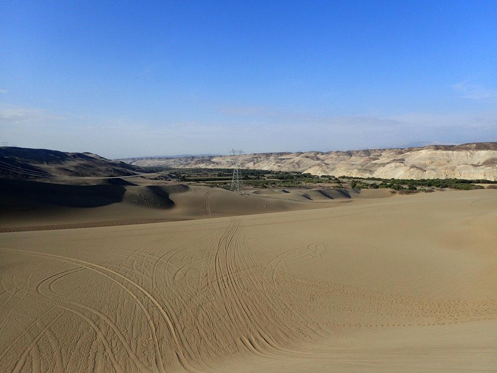 dunes outside of Nazca.jpg