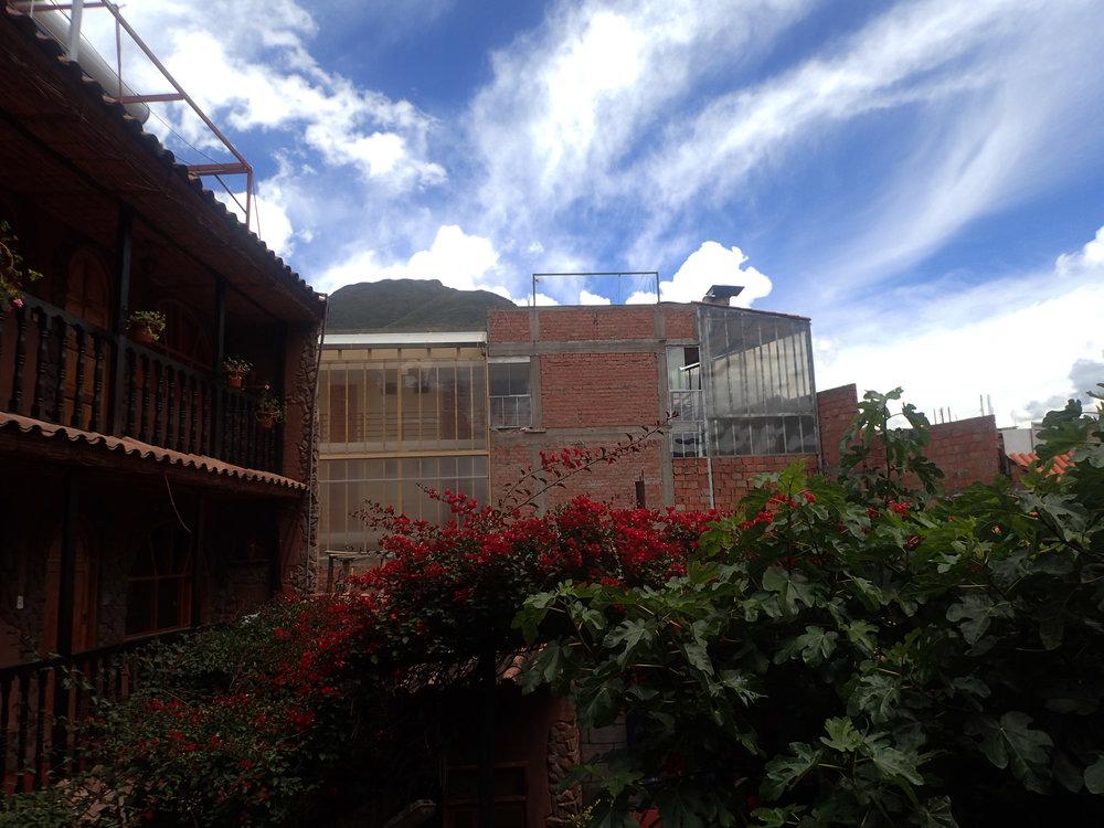 Kinsa Cchocha courtyard.jpg