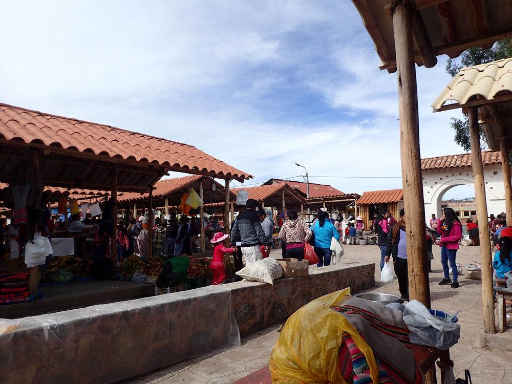 Chinchero market.jpg