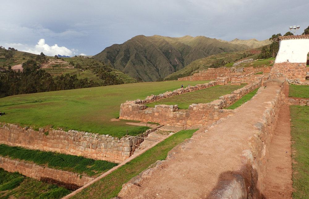 Chinchero ruins.jpg