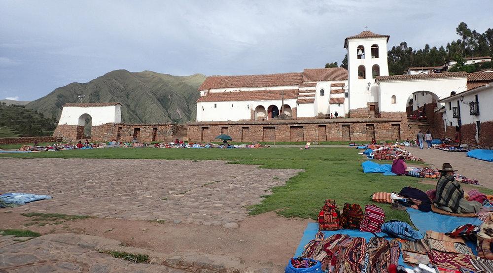 tourist market.jpg