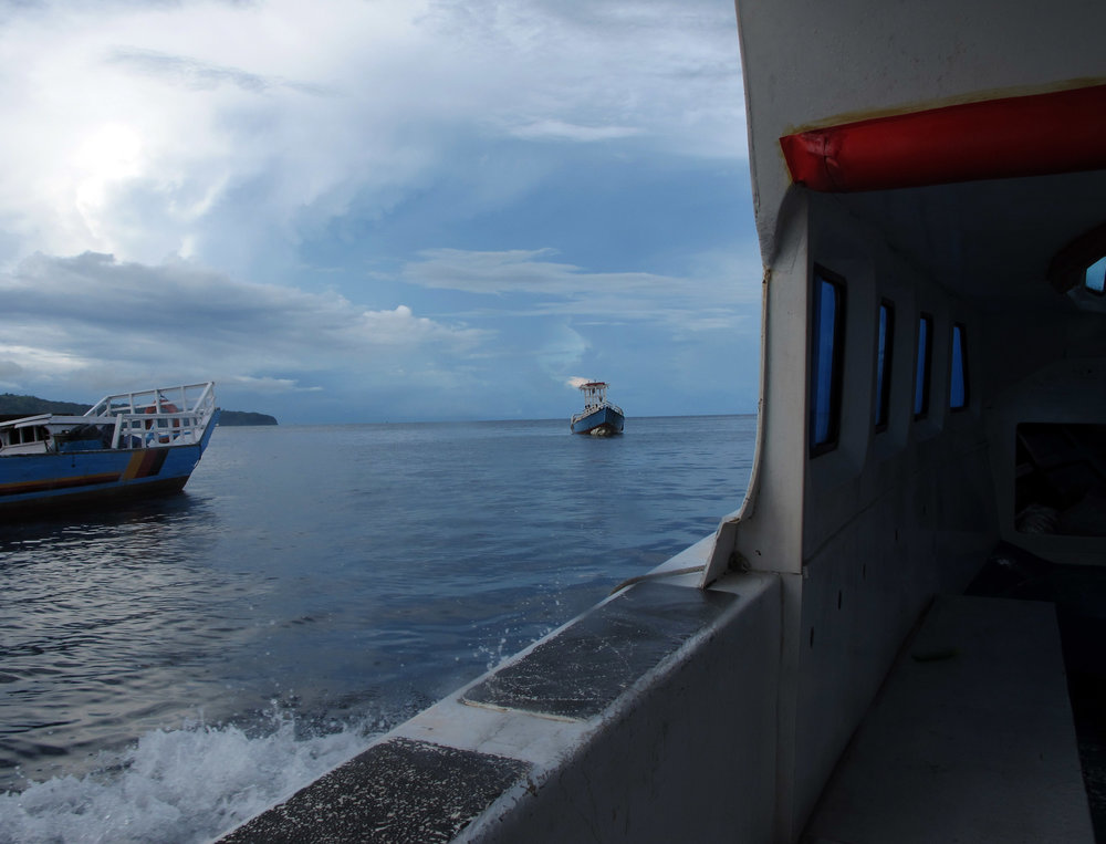 towards first dive site.jpg