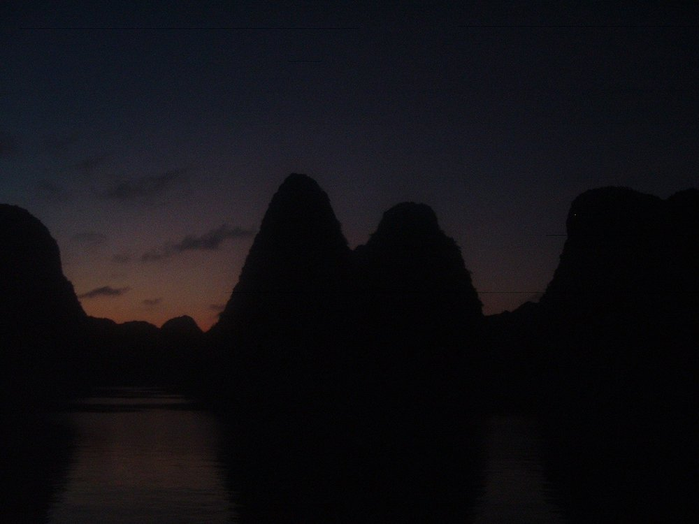 halong at night.JPG