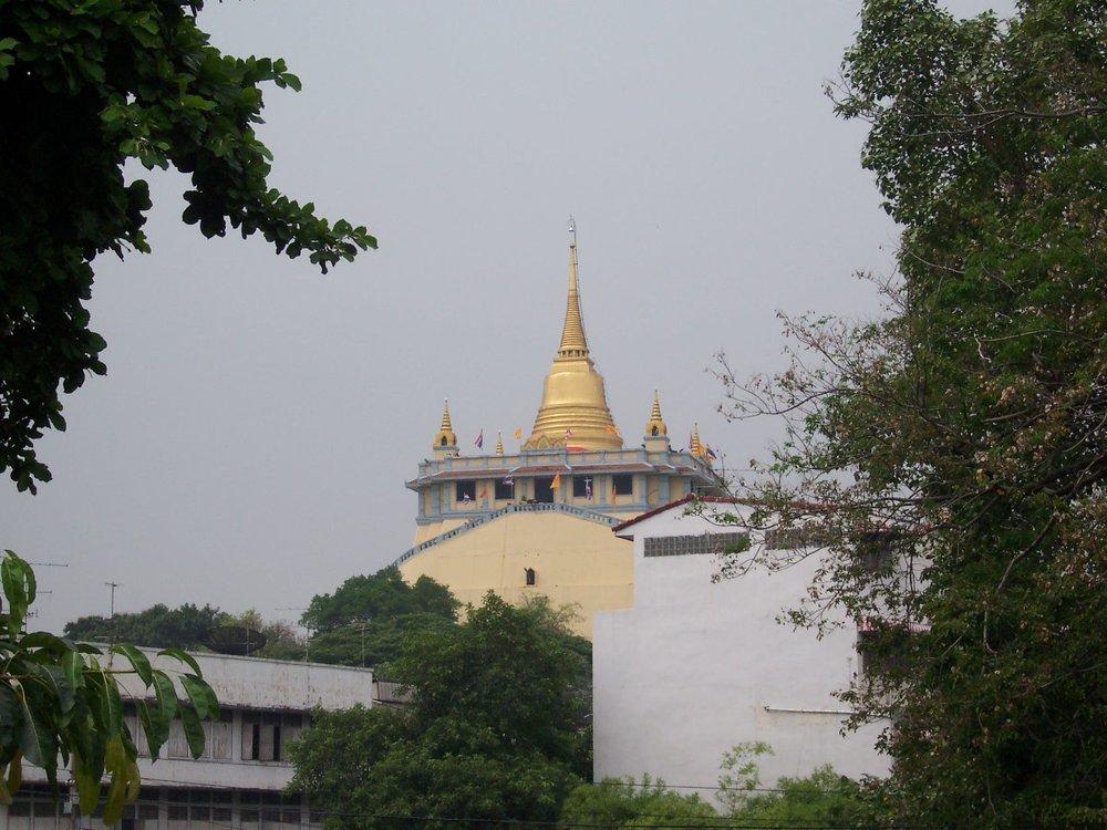 bangkok golden mountain.jpg