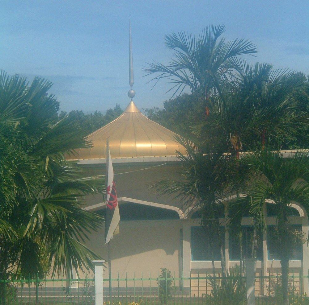 brunei mosque 2.JPG