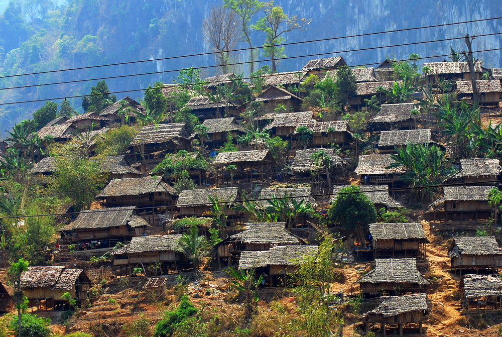 By Mikhail Esteves from Bangalore, India - Mae La Refugee Camp, CC BY 2.0,  https://commons.wikimedia.org/w/index.php?curid=2720862