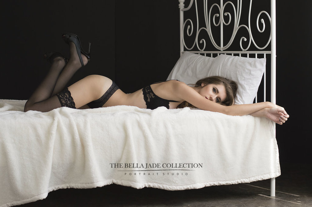 phoenix-tempe-scottdale-glamour-boudoir-photographer-017-thebella-jade-collection