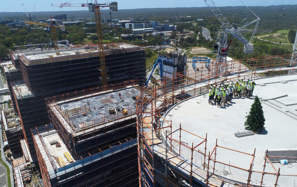 4_nbh topping out_001.JPG