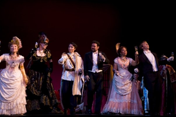 Die Fledermaus (Martina Arroyo Foundation)