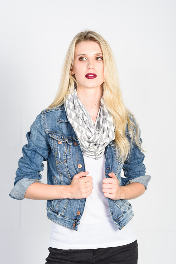 ccd963932b5 Infinity scarf bamboo triangle print — tangente - Women's clothing and  accessories made in Ottawa