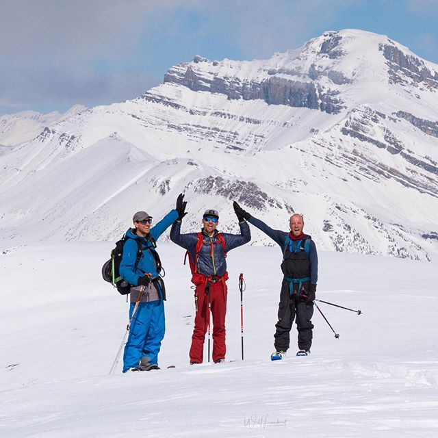 High Five to another great season in @skilouise's backyard!  We are so lucky to have incredible access to such a vast playground to frolic in.  #PowderForDays #storyofaskitour  @pagetwotravel @robby_brown13 @dannothomson 📷: @wjlphoto