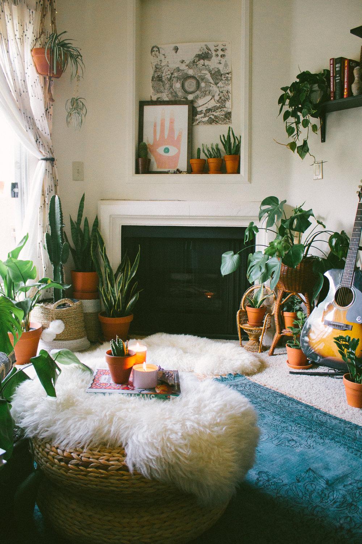 Sara Toufali Home 1
