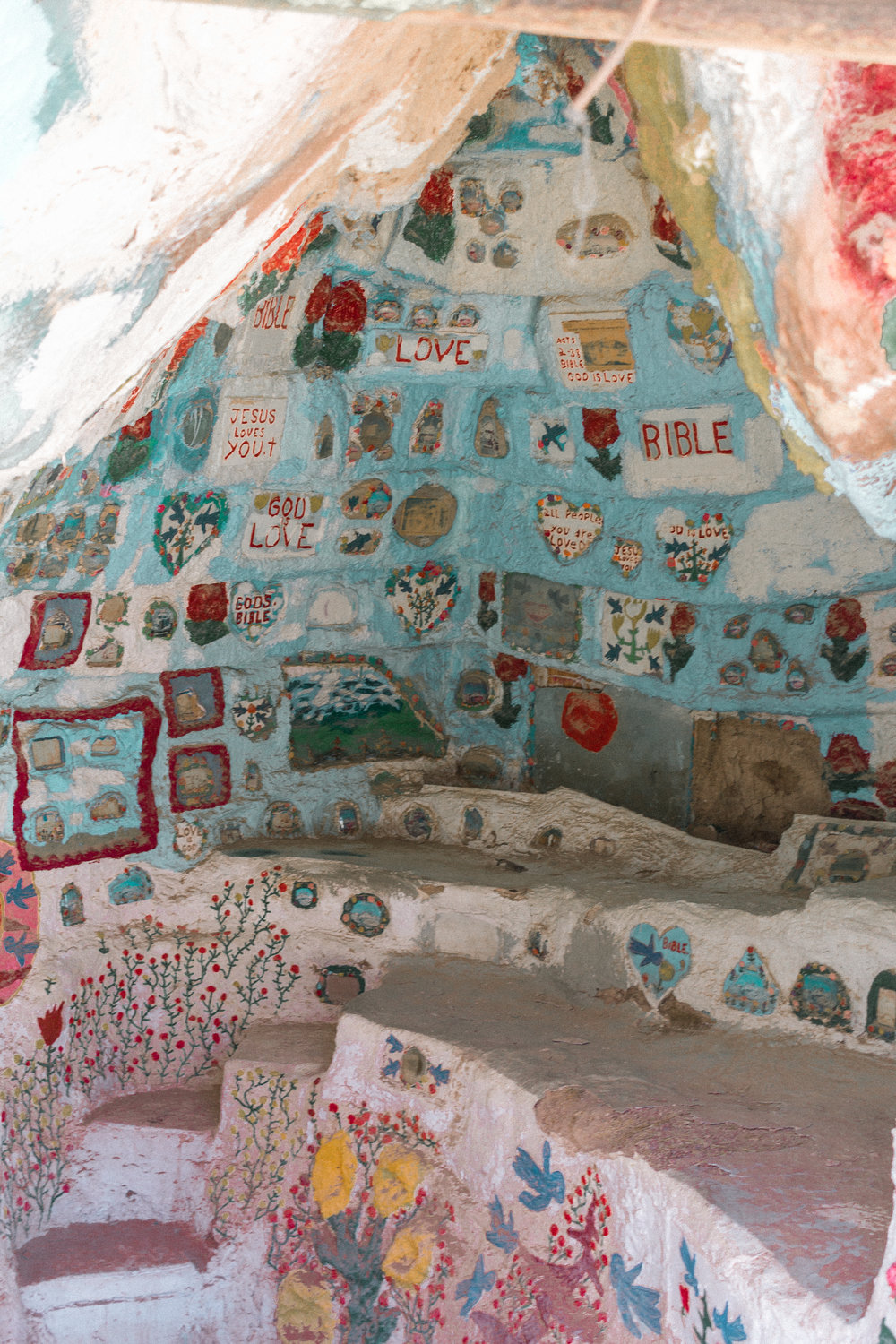 salvation mountain 4