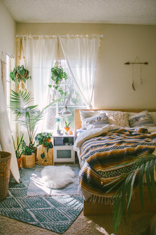 sara toufali bedroom