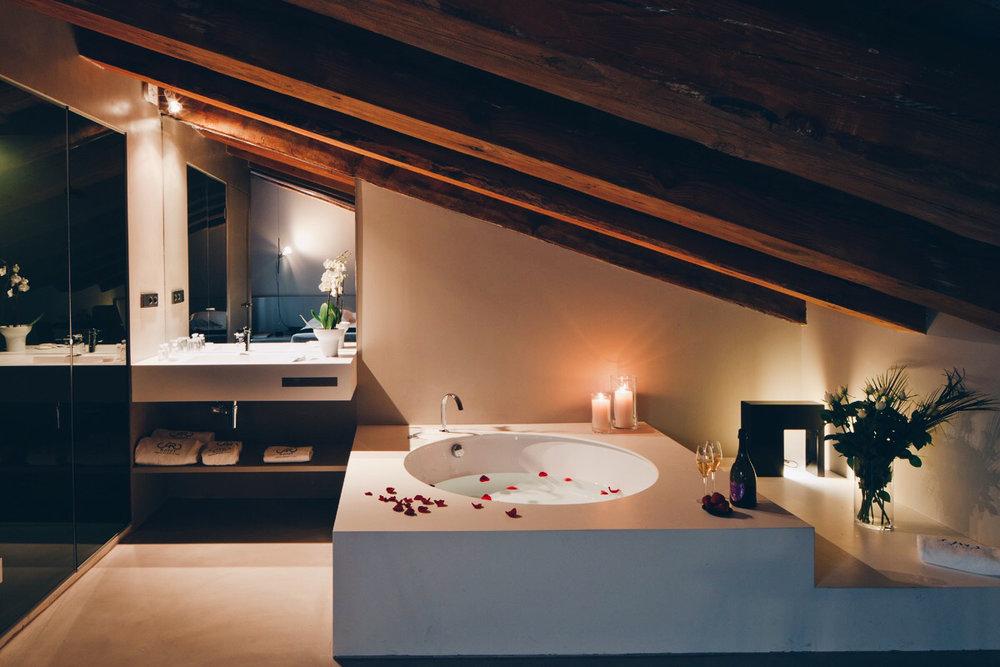 Astute Destinations | Valencia | Hotel Caro | Bath.jpg