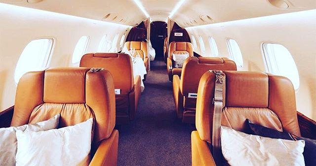 Meeting space, sleeping space. This aircraft has it all. • • • • #luxury #luxurytravel #travelling #privatejet #travel #travelbloggers #travelblogger #travelguide #travelholic #vip #charter #cntraveller #lwt #wanderlust #instagood #instatravel #lifestyleblogger #lifeofadventure #luxuryescapes #luxurydestination #luxurydesign #dubai #newyork #la #abudhabi #uae #usa #style #styledaily #business