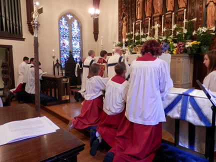 easter 2013 acolytes kneeling.jpg