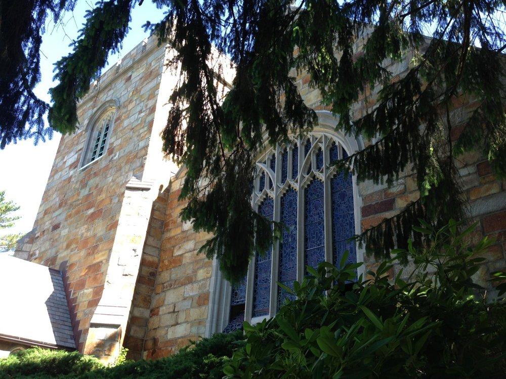 ChurchFrontStainedglass.jpg