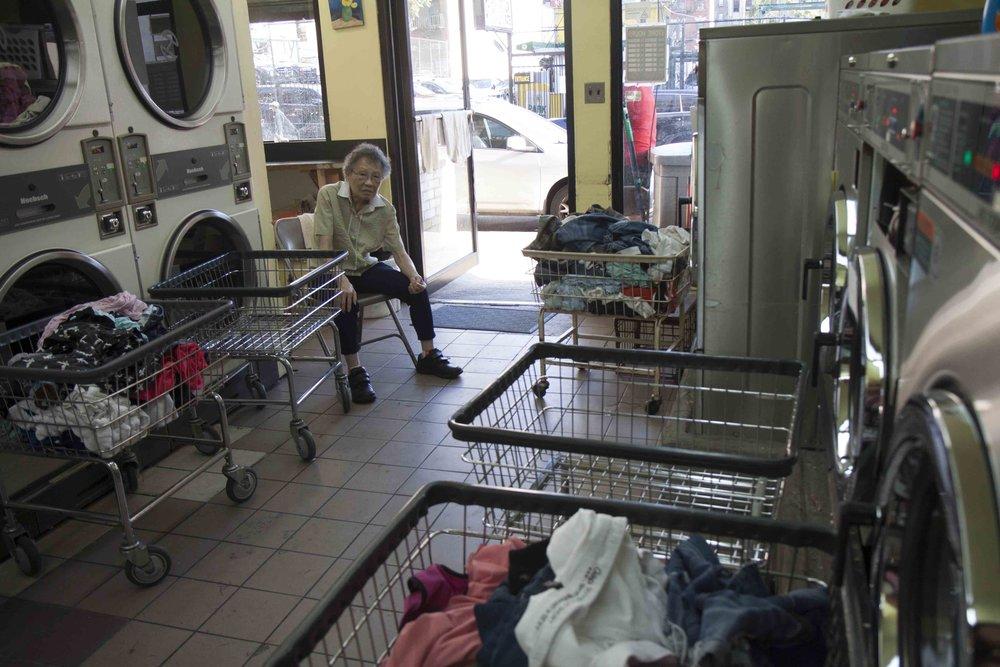 -8 160904.IMG_3311.OHenry-Laundromat.Kara-Chin.v1.jpg