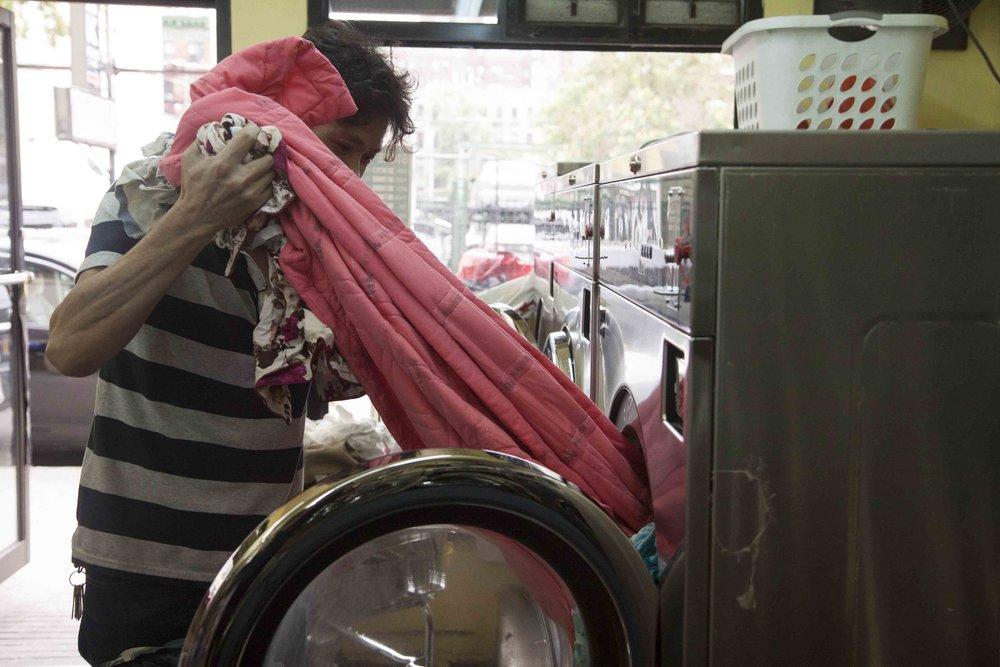 -10 160903.IMG_2907.OHenry-Laundromat.Kara-Chin.v2.jpg