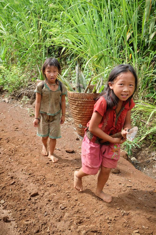 8-150610-DSCF9634-Hmong-Village-Kara-Chin-web.jpg