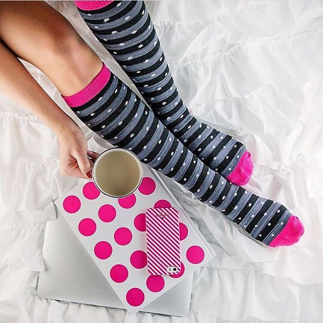 Love @bellabucchiotti in her hot pink Hot Sox. #HomeInHotSox