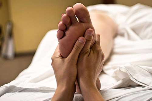 Relaxation / Swedish massage - Help relieve muscle tension, pain management and posture related issues.  Restore your mind and body and find your inner balance. Give yourself some TLC after a hard week at work.