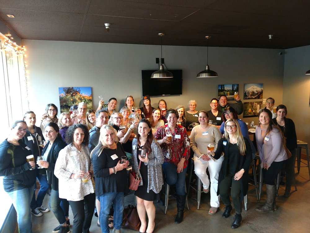 All the rad, beautiful brew-loving ladies at the April Meet-Up!