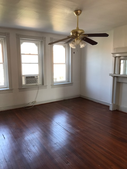 2807 N Calvert - $1000 / month