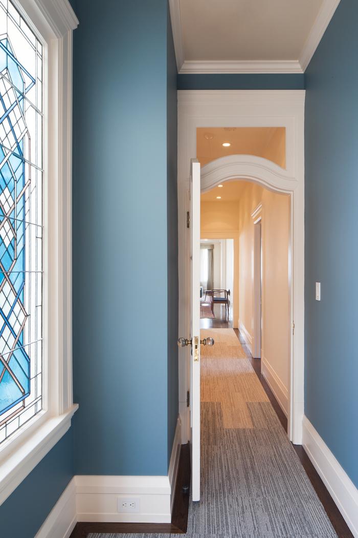 2454-Vallejo-Hallway.jpg