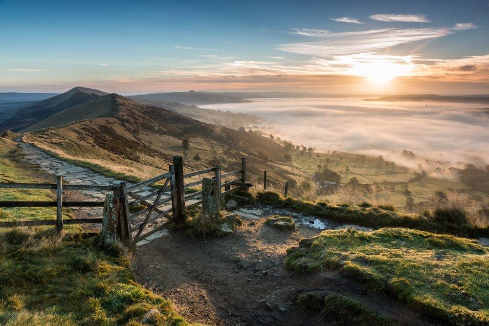 Mam-Tor-Gate-Sunrise-Peak-District-Photography.jpg