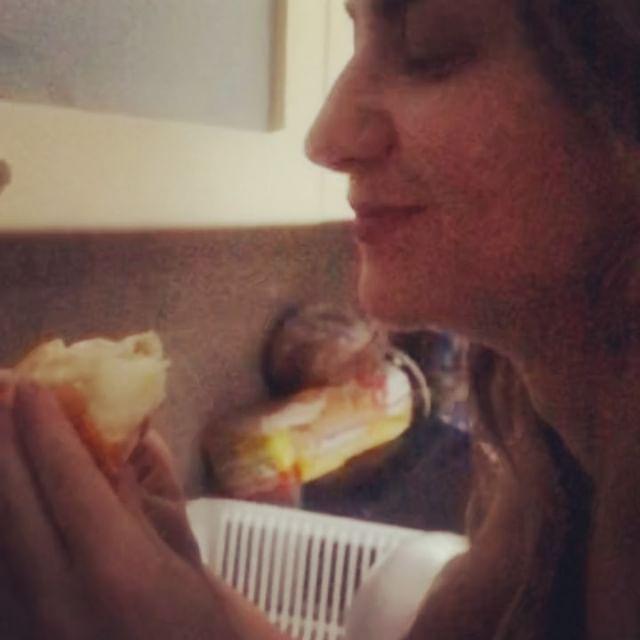 Comiendo #granadilla #colombia #fruit