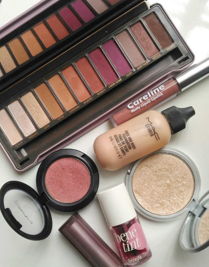 09Favorites.makeup.jpeg