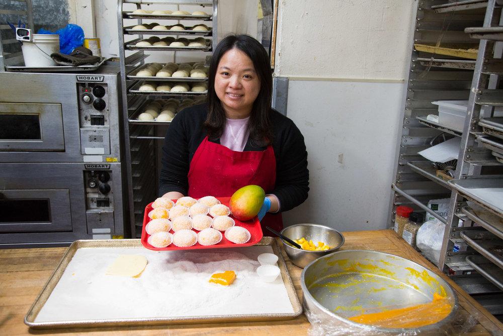 Owner Hannah Zhang makes mango mochi