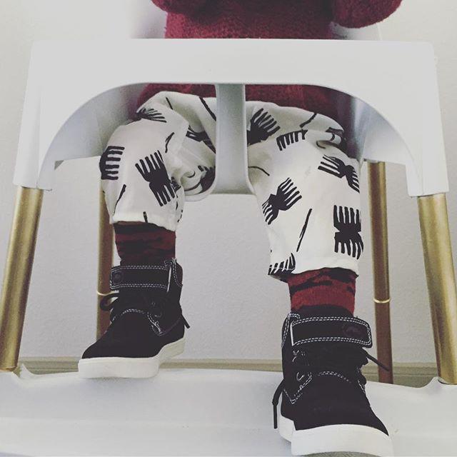 Rocking the new harem pants 0-24 months. #upcycled #sustainablefashion #theproject #kidsclothing #fashion #recycled #boyfashion #stylishkids #patterns #babyboys #apparel #stylish #foracause #bysurvivors #handmade