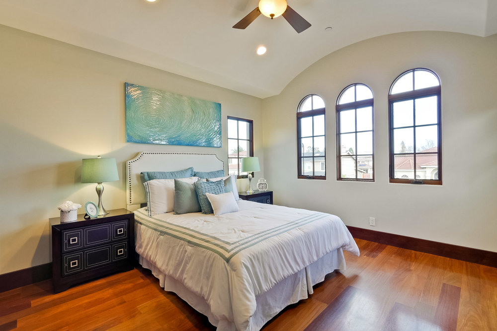 10a_Bedroom      1.jpg