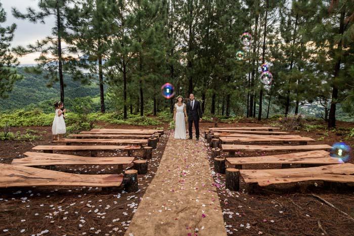 Photo from  modernwedding.com.au