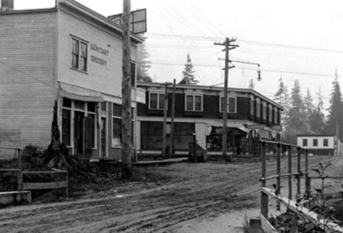 Fromme Building (background), circa 1913.