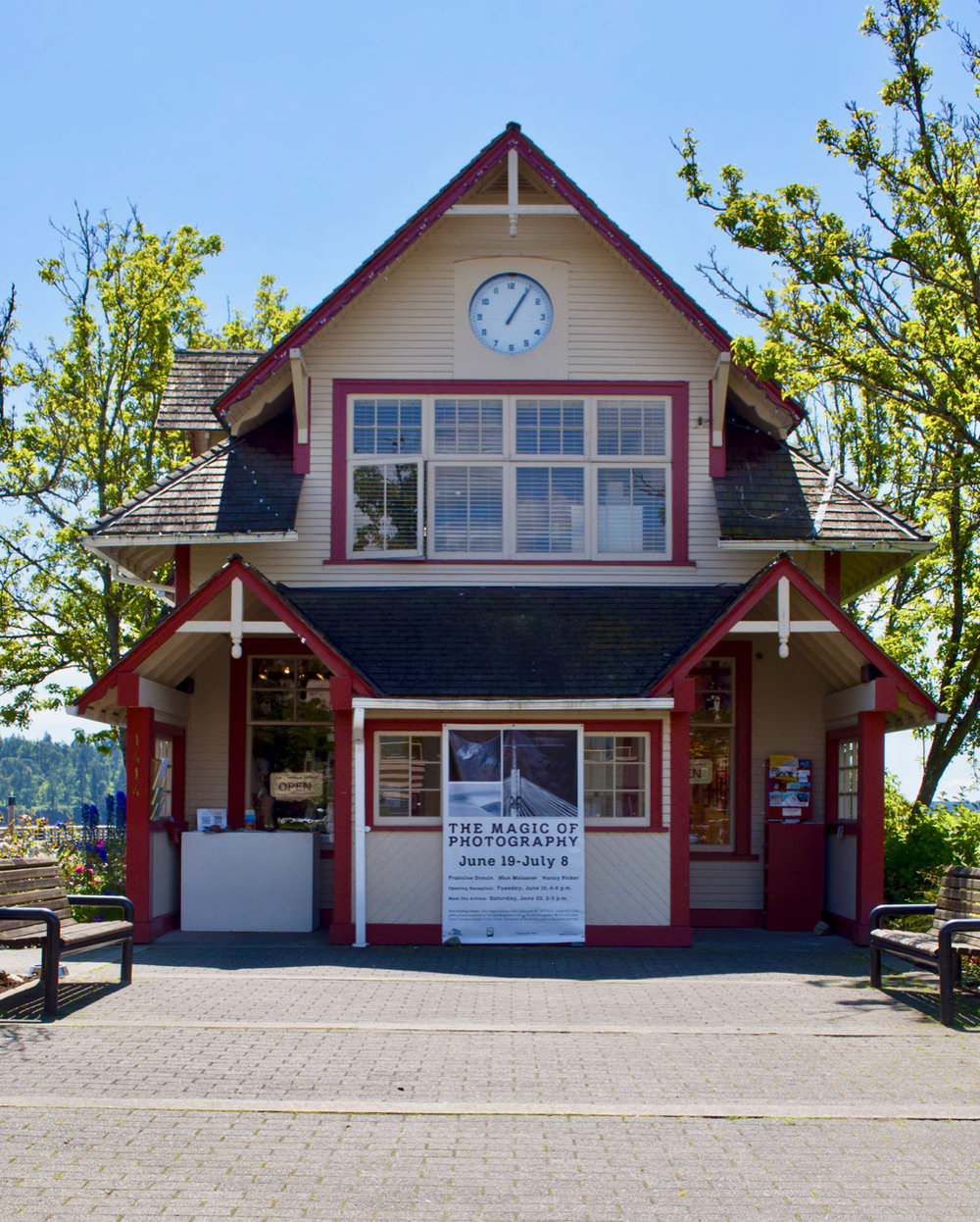 Ferry Building Gallery on the Ambleside waterfront, West Vancouver. Photo © West Vancouver Memorial Library