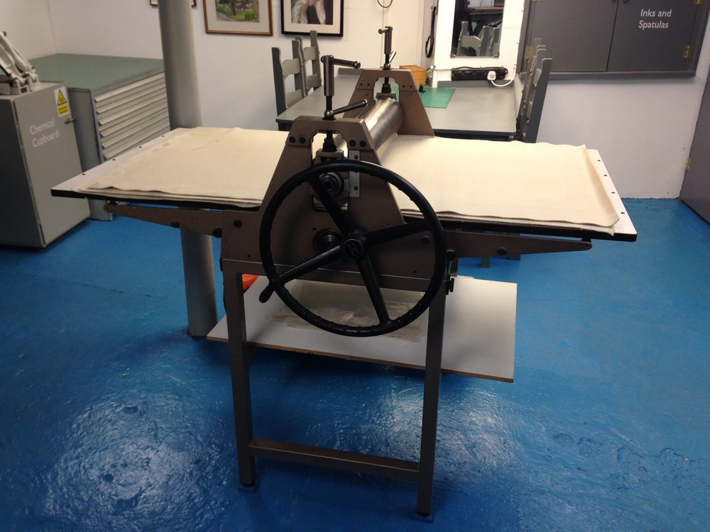 Bewick Wilson Etching press  This is our large etching press, the bed size is 76cm X 150cm (30' X 60'). It is used for etching, photogravure, collagraphs, monoprinting, Photolithography, zinc plate lithography.