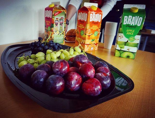 Finns det något bättre än att starta fredagen med ett frukostmöte? 😍