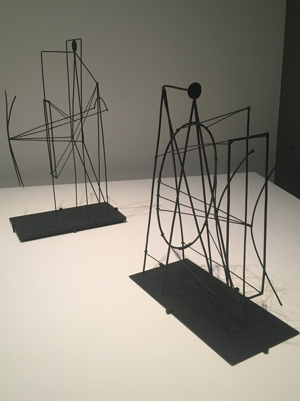 Picasso,  Figure  (1928)